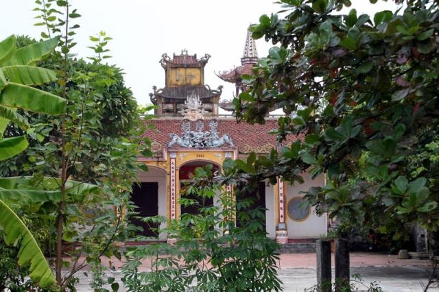 Den Trinh Thi