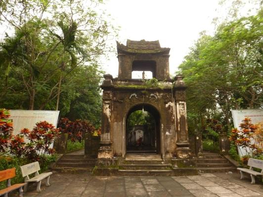 Den Cao Son Dien Chau