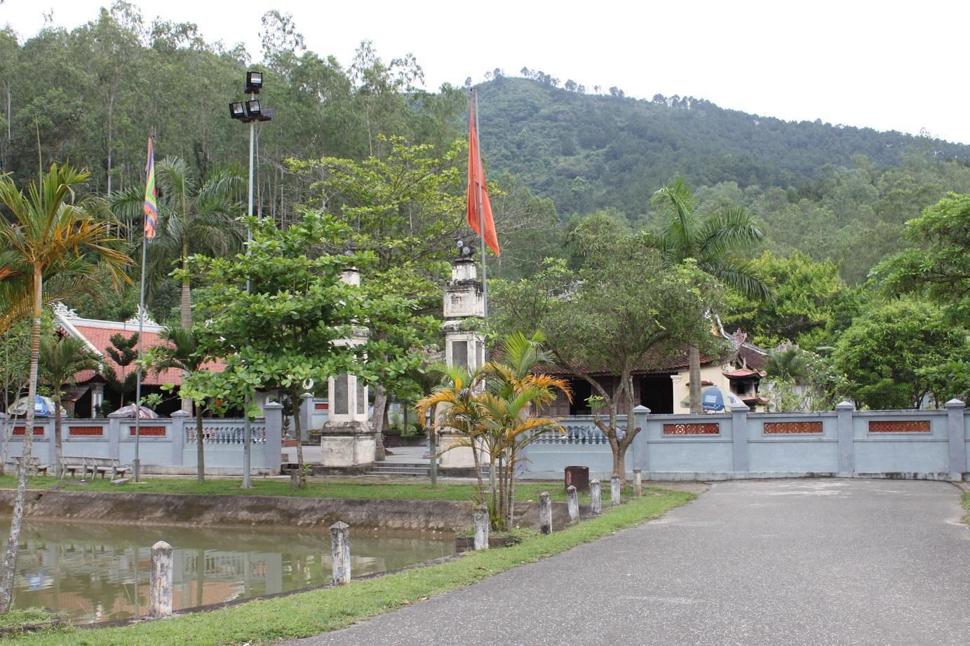 Den Mai Thuc Loan
