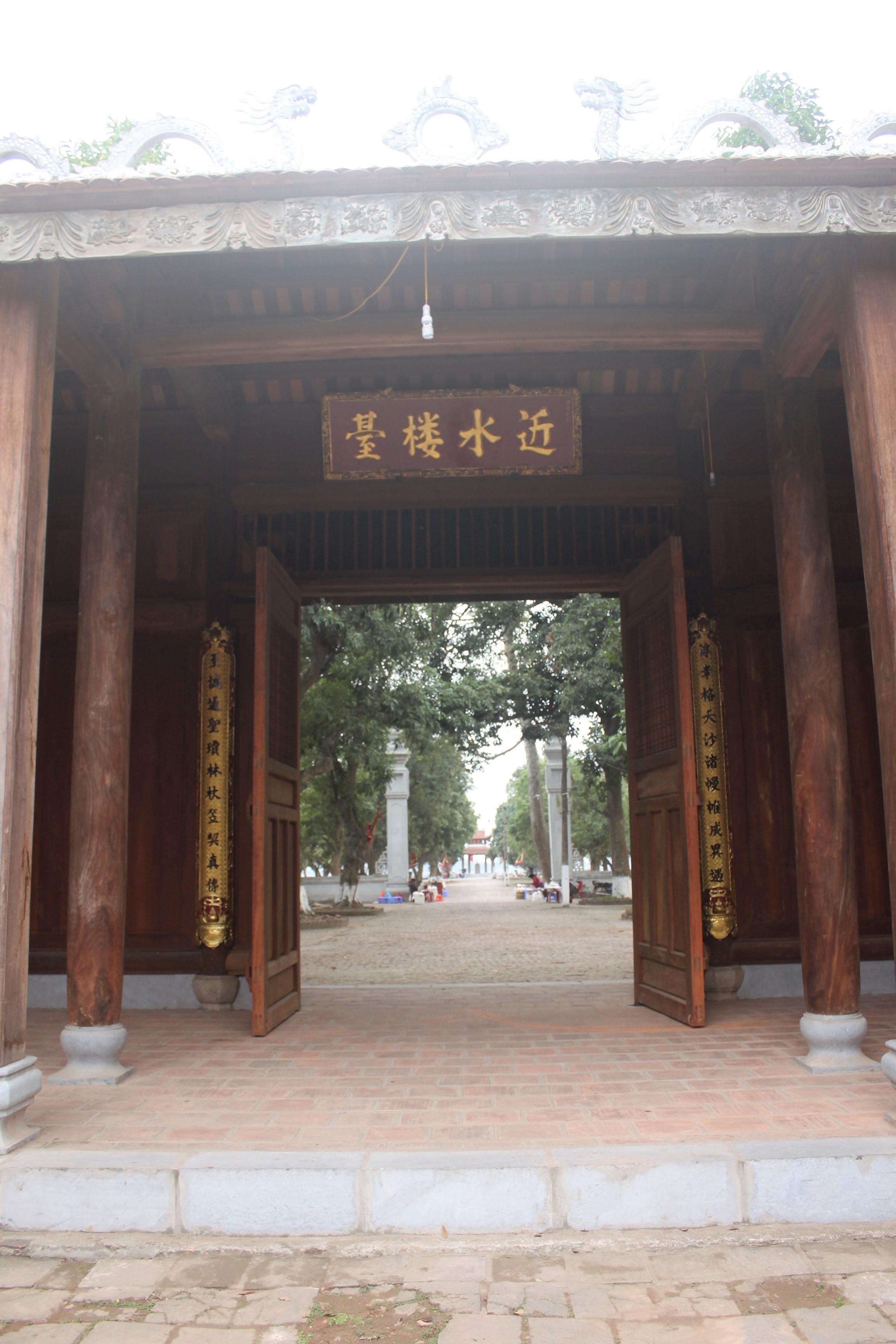 Lau dai Da Hoa